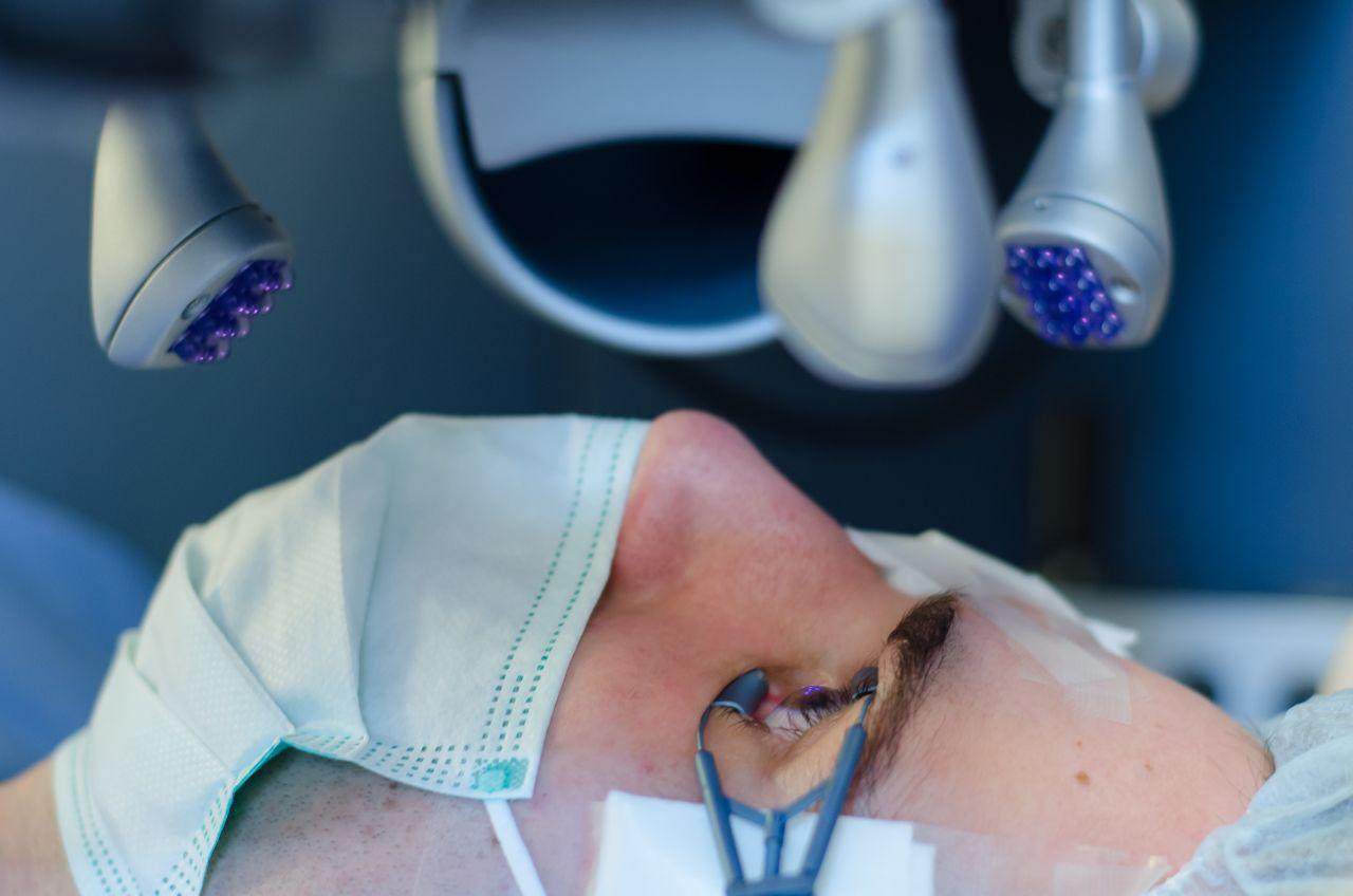 jennifer aniston látása myopia 2 és 2